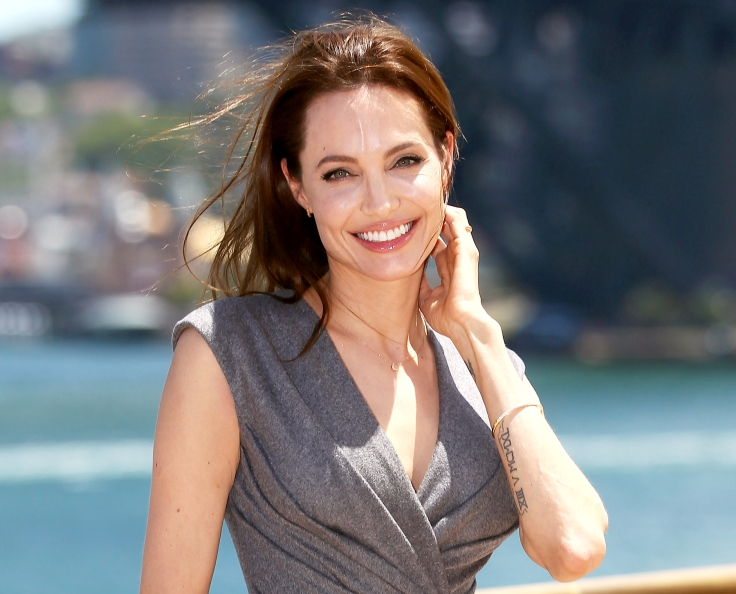 1420208748_angelina-jolie-zoom