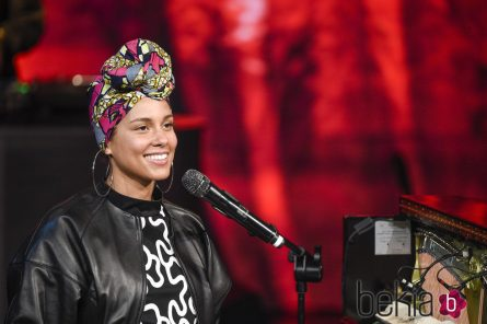 Alicia Keys chiquérrima de turbante